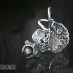 Кулон «Цветок горошка»